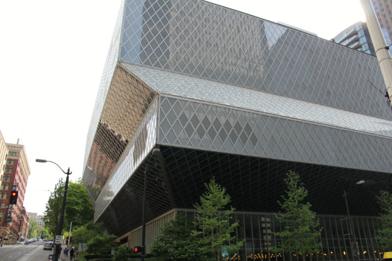 Steel and glass exterior of the Seattle Central Library